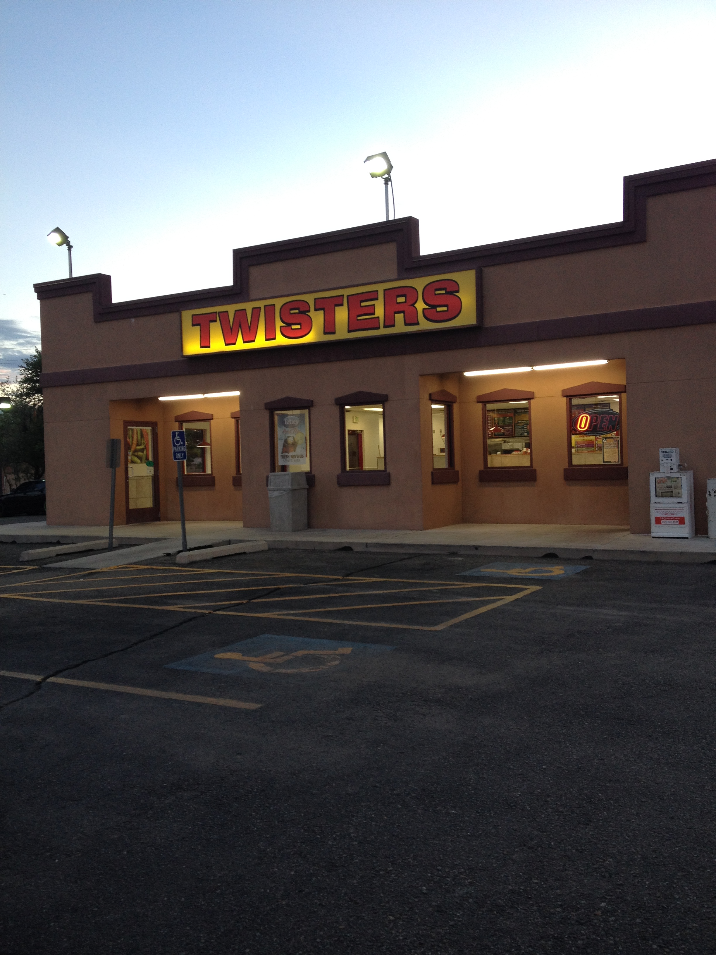 150614 - 051 - Albuquerque - Twister, set Los Pollos Hermanos (Fotoc. iPhone - 8659)